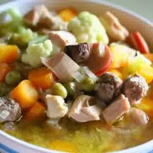 Cara Membuat Sup Bakso Lezat dan Istimewa